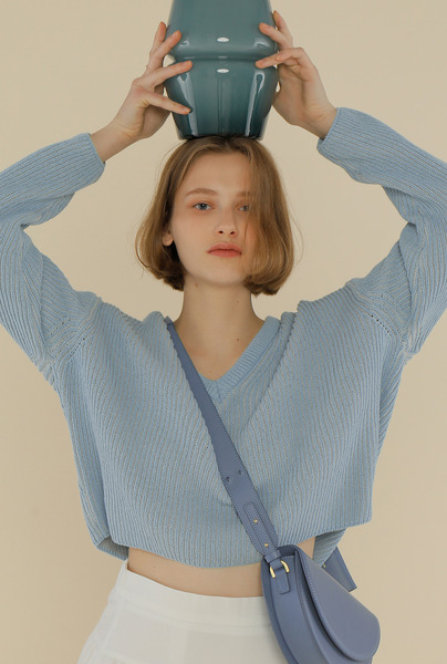 A TWO-TONE KNIT TOP_BLUE