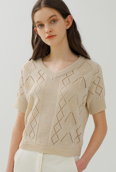 A LEAF HOLE KNIT TOP [3 colors]